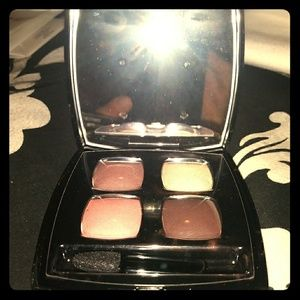CHANEL LES OMBRES MULTI EFFECT QUADRA EYE COLOR